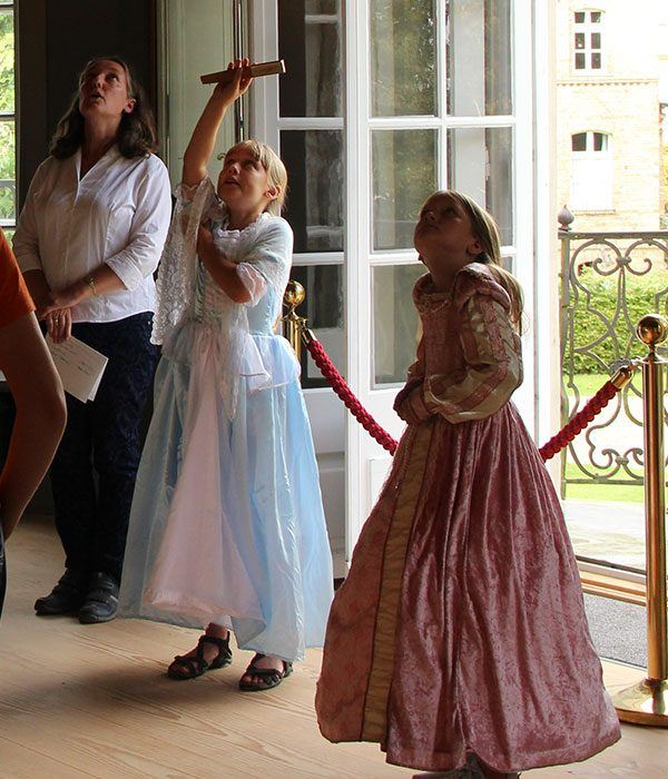 im Prinzenhaus zu Plön, Besuchergruppe